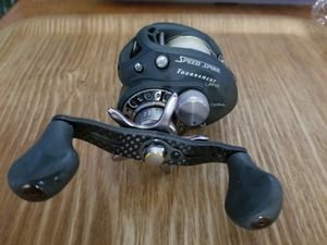 Lew's left-handed Tournament Pro Speed Spool Baitcaster fishing reel for Sale in Mesquite, TX