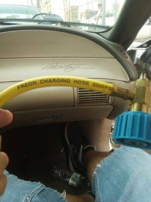 Freon charging hose for Sale in Wilmington, CA