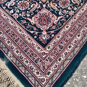 High End Persian Hand Knotted 100 % Silk Rug - 9' X 12' for Sale in Orlando, FL