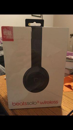 Beats solo 3 wireless (black) sealed for Sale in Redmond, WA