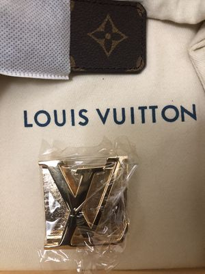 LOUIS VUITTON LV Initiales 40MM (BELT) for Sale in MONTGOMRY VLG, MD