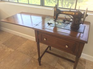 """RARE """"Domestic"""" 1920s-1930s ELECTRIC SEWING MACHINE DESK/TABLE Vintage! Antique! Fold-Away OBO for Sale in Irvine, CA"""