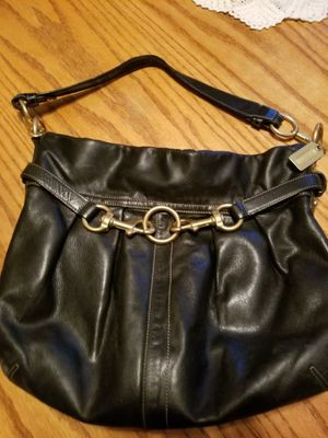 Coach leather purse for Sale in Traverse City, MI
