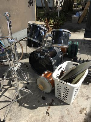 Pearl export drum set lots of extras for Sale in Miami, FL