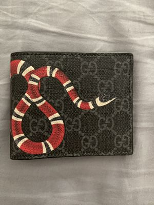 Gucci Wallet for Sale in Salem, MA