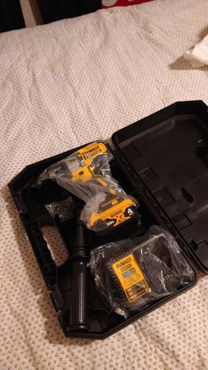 New Dewalt 1/2-in XR hammer drill set for Sale in Lowell, MA