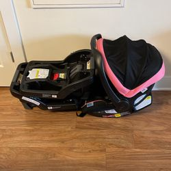 GRACO Baby Carrier w/base(s) for Sale in Alexandria,  VA