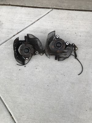 96-04 Mustang 5 Lug spindle w/hub for Sale in Pittsburg, CA