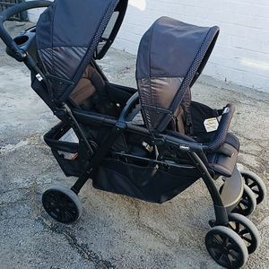 Chicco Better Together Double Stroller (Obsidian) for Sale in Los Angeles, CA