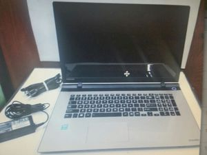 Toshiba Satellite L75-C7234 i5 window 10 8 GB 970 hard drive for Sale in Chula Vista, CA