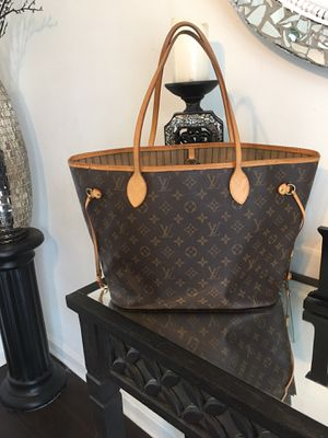 Authentic neverfull mm and organizer box bag. Dust bag for Sale in Cincinnati, OH