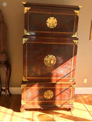 chines 2 some furniture antique cabinet very tall and beautiful for sale for 1000$ for Sale in Staten Island, NY