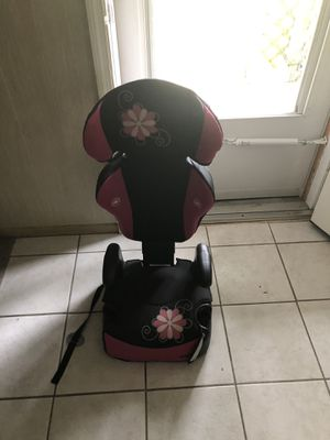 Car/booster seat for Sale in Gainesville, FL
