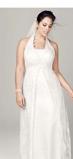 David's Bridal Wedding dress And Veil Size 16 for Sale in Auburn,  WA