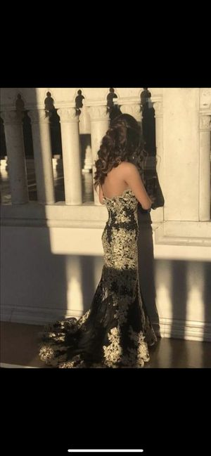 Selling this prom dress size 0 for Sale in Las Vegas, NV
