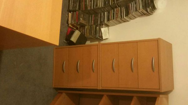 5 piece office furniture set for sale $250.00. You must be able to come and pick the furniture.