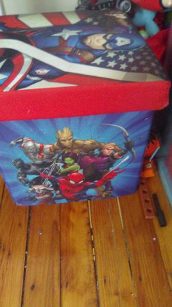 Marvel toys box made bye hand and picture for Sale in North Providence,  RI