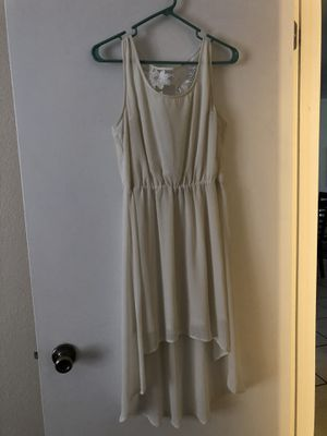 Beautiful White Dress size L for Sale in Winter Haven, FL