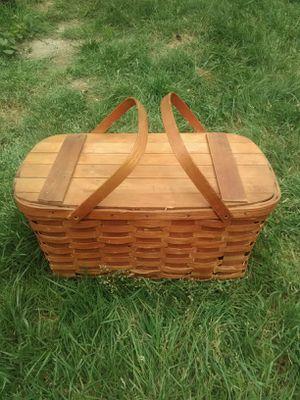 WOV-N-WOOD vintage picnic basket for Sale in Seattle, WA