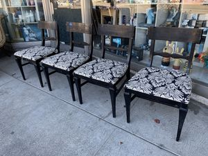 #100448 Set of 4 Black Dining Chairs with Black and White Patterned Seats for Sale in Oakland, CA
