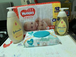 Baby bundle for Sale in Newark, NJ