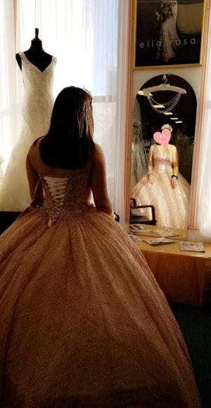 Quincenera sweet 16 rose gold dress for Sale in Bartlett, IL