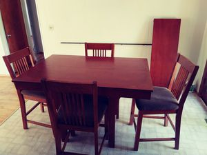 Nice tall dining set for Sale in Seattle, WA