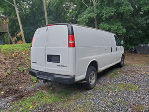 Chevy express 2500 for Sale in Danbury, CT