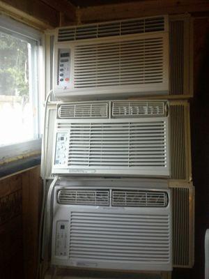 Window ac unit. 6000btu for Sale in Laurel, MD