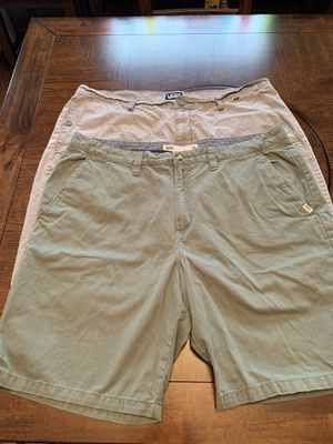 Men's Vans Shorts 38 for Sale in Springfield, IL