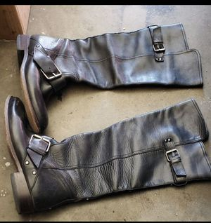 Black leather boots size 8 for Sale in Gardena, CA