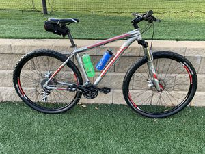 2019 Trek 29er Bike With Disc Brakes - Ready To Ride - Used Twice! for Sale in Marietta, GA