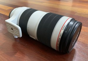 Canon EF 70-200mm f/2.8L IS II USM Telephoto zoom lens for Sale in Centreville, VA