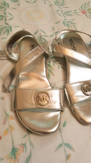 GIRLS 13 MK SANDALS NEW!! for Sale in Las Vegas, NV