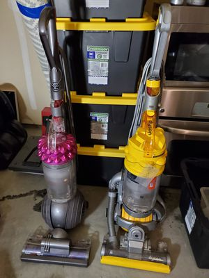 Dyson Vacuums MODEL UP14 & DC15 for Sale in Fresno, CA