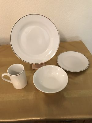 Mulberry Home Collection Dinner Set for Sale in Glendale, AZ