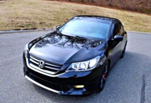 LEATHER SEATS 2013 Accord EXL for Sale in Charlottesville, VA