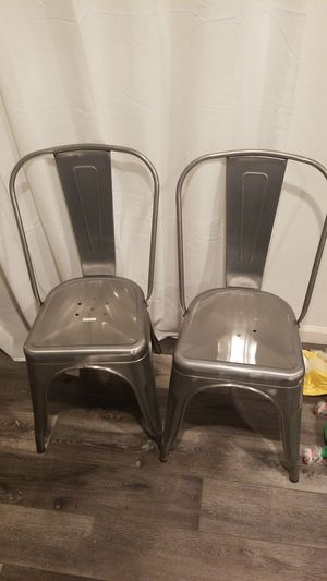 Metal chairs for Sale in Highland, CA