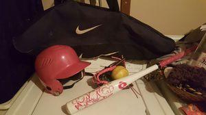 Girls' tee ball/baseball/softball set for Sale in Haddon Heights, NJ