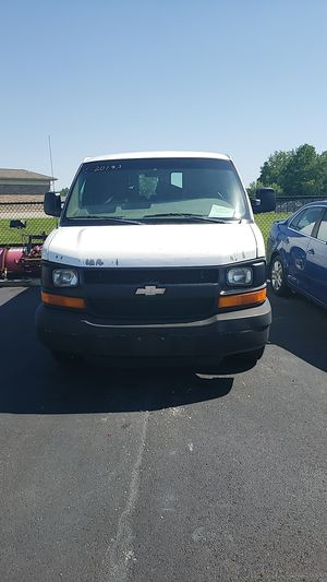 Chevy Express G2500 Cargo Van for Sale in Parma, OH
