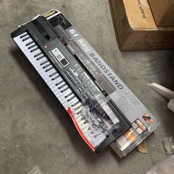 Electric Keyboard for Sale in San Francisco,  CA