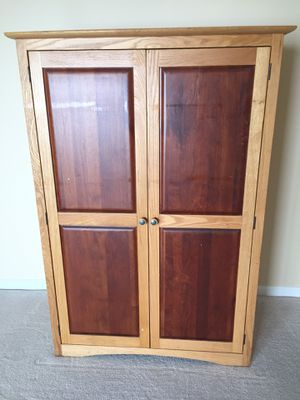 Oak computer armoire for Sale in MONTGOMRY VLG, MD