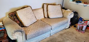 Couch for Sale in Austin, TX