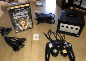 NINTENDO GAMECUBE - BUNDLE - OEM CONSOLE CONTROLLER LUIGIs MANSION GAME ORIGINAL for Sale in Lowellville, OH
