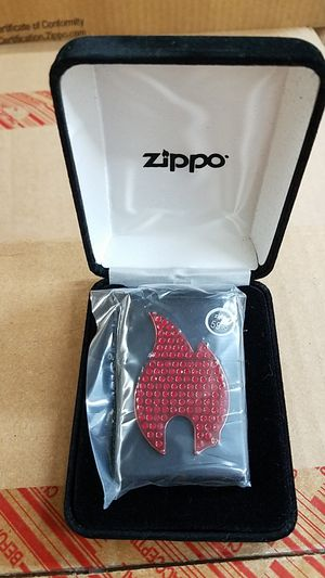 Zippo bling zippo flame emblem black matte 29106 for Sale in Los Angeles, CA