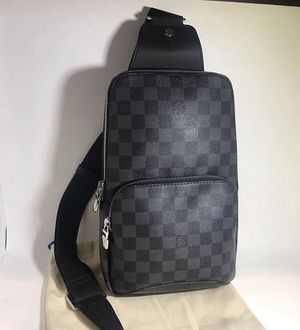 Louis Vuitton Avenue Sling Bag for Sale in Henderson, NV
