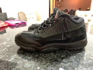 "Air Jordan 11 Retro Low ""Referee"" size 9.5 for Sale in Rutherford, NJ"