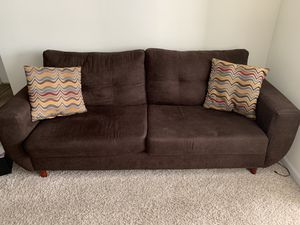 Couch (Dark Brown) for Sale in Lithonia, GA