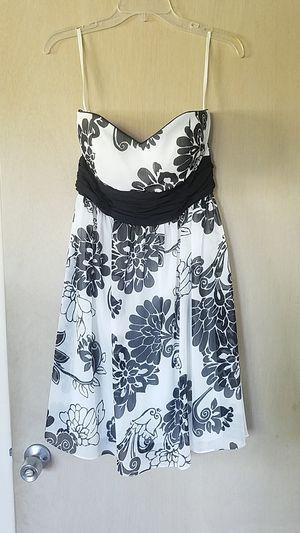 White House Black Market size 4 strapless dress for Sale in Palm Harbor, FL