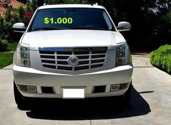 💚$10OO🔥 Very nice 🔥 2OO8 Cadillac Escalade Suv Runs and drive very smooth clean title! for Sale in Warren,  MI